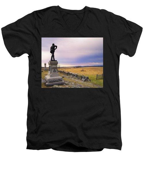 Gettysburg Monument I Men's V-Neck T-Shirt