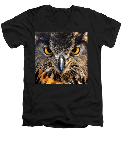 Golden Eyes - Great Horned Owl Men's V-Neck T-Shirt