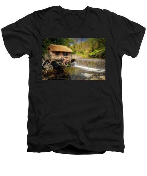 Gomez Mill House Men's V-Neck T-Shirt