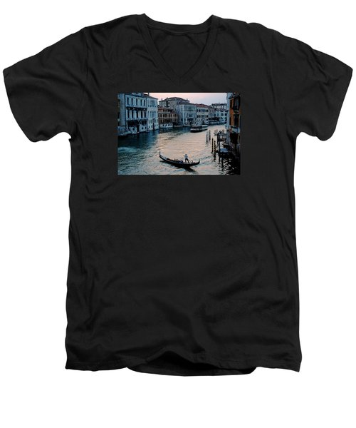 Men's V-Neck T-Shirt featuring the photograph Gondolier On Grand Canal by Robert Moss