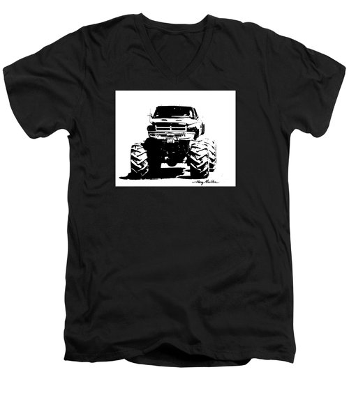 Got Mud? Men's V-Neck T-Shirt