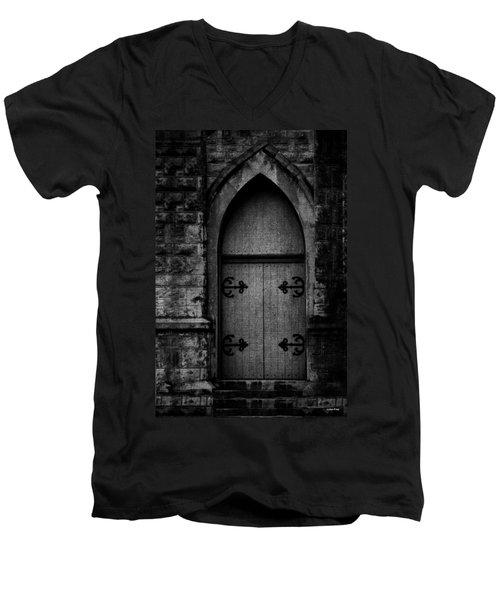 Gothic Door Memphis Church Bw Men's V-Neck T-Shirt