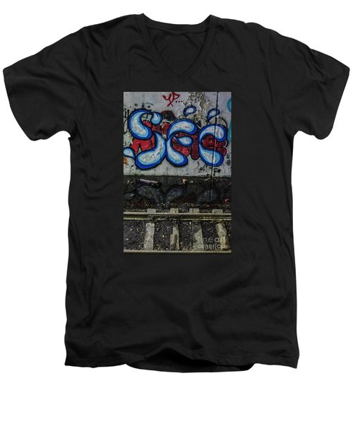 Graffitti And Train Tracks Men's V-Neck T-Shirt