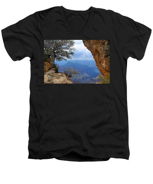 Grand Canyon North Rim Window In The Rock Men's V-Neck T-Shirt