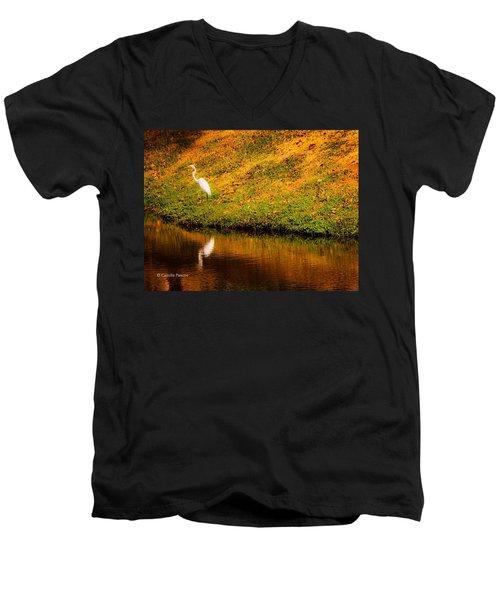 Great Egret At The Lake Men's V-Neck T-Shirt