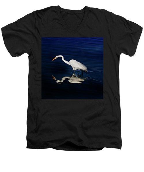 Great Egret-self Reflections Men's V-Neck T-Shirt