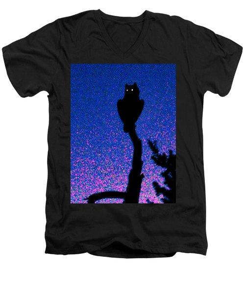 Great Horned Owl In The Desert Men's V-Neck T-Shirt