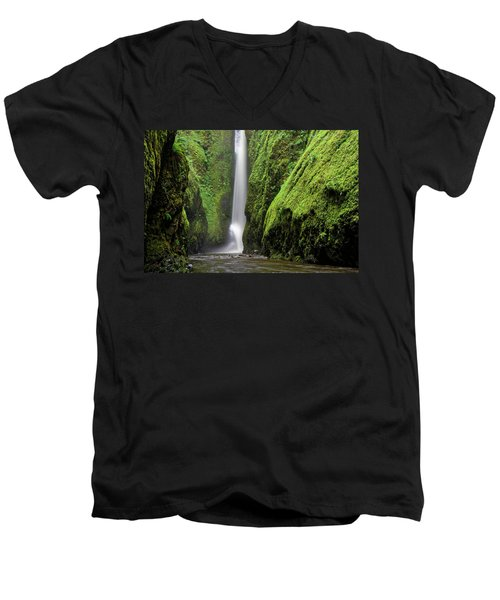 Men's V-Neck T-Shirt featuring the photograph Green Slot Canyon by Jonathan Davison