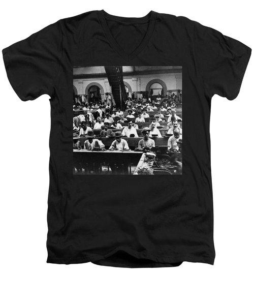 Havana Cuba - Cigars Being Rolled - C 1903 Men's V-Neck T-Shirt