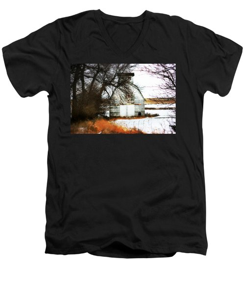 Men's V-Neck T-Shirt featuring the photograph Hello There by Julie Hamilton