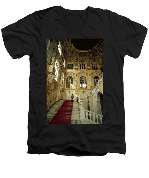 Hermitage Staircase Men's V-Neck T-Shirt