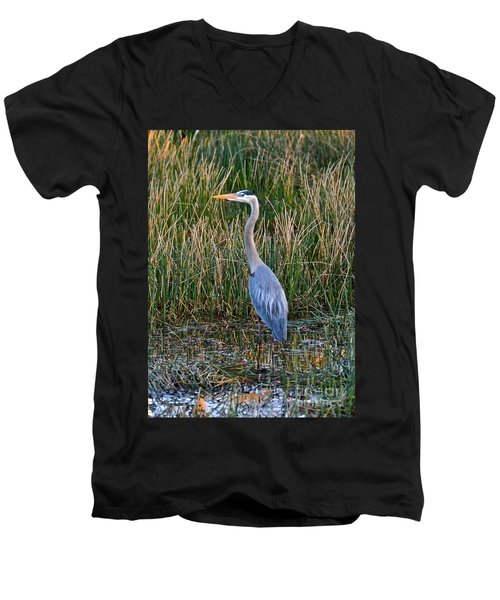 Heron At Sunset Men's V-Neck T-Shirt