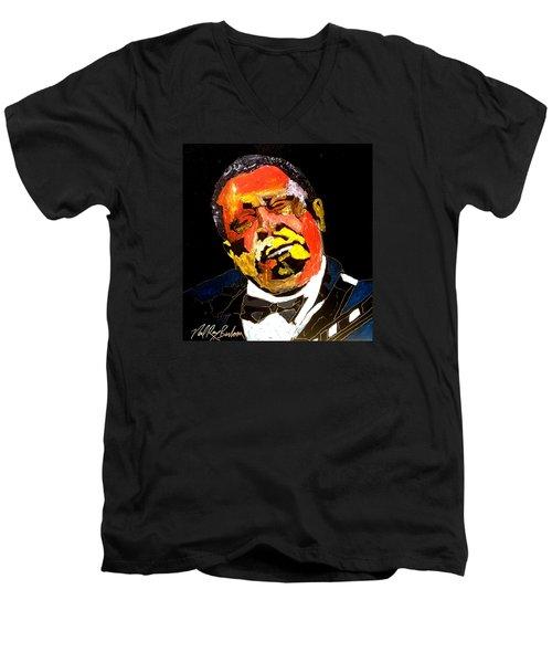 Honoring The King 1925-2015 Men's V-Neck T-Shirt