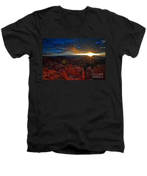 Hoodoos At Sunrise Bryce Canyon National Park Men's V-Neck T-Shirt