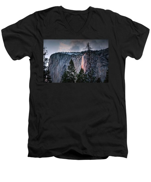 Horsetail Waterfall Glow 2017 Men's V-Neck T-Shirt