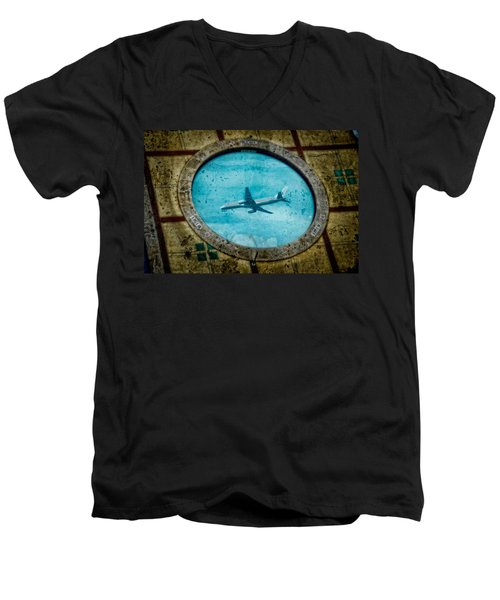 Hot Tub Flight Men's V-Neck T-Shirt