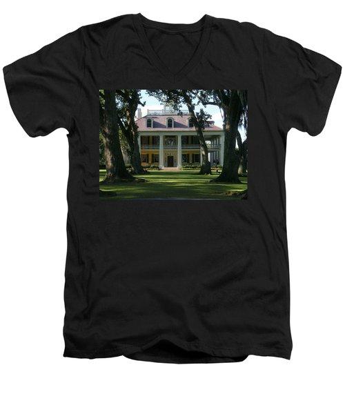 Houmas House Plantation Men's V-Neck T-Shirt