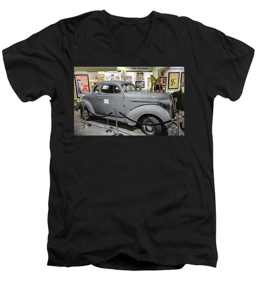 Humphrey Bogart High Sierra Car Men's V-Neck T-Shirt