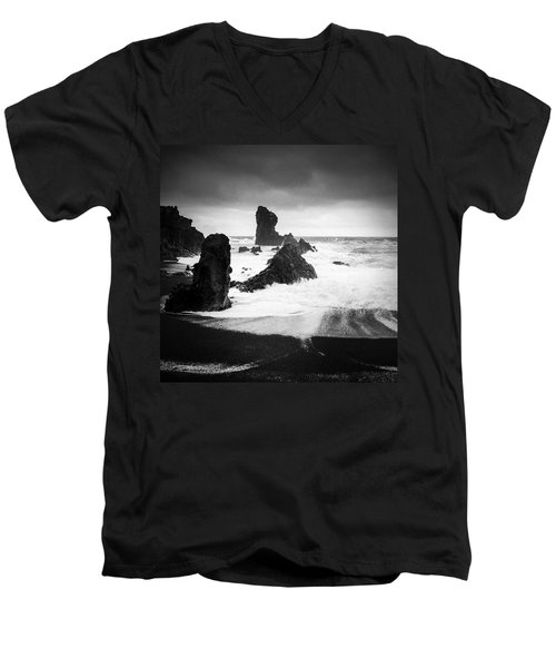 Iceland Dritvik Beach And Cliffs Dramatic Black And White Men's V-Neck T-Shirt