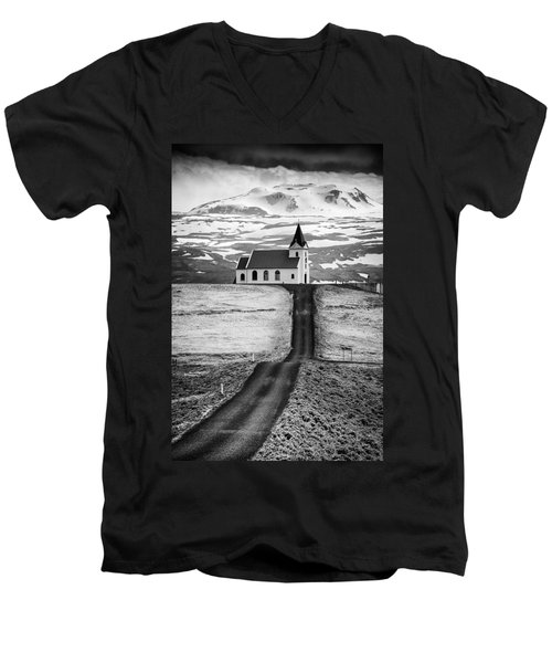 Iceland Ingjaldsholl Church And Mountains Black And White Men's V-Neck T-Shirt