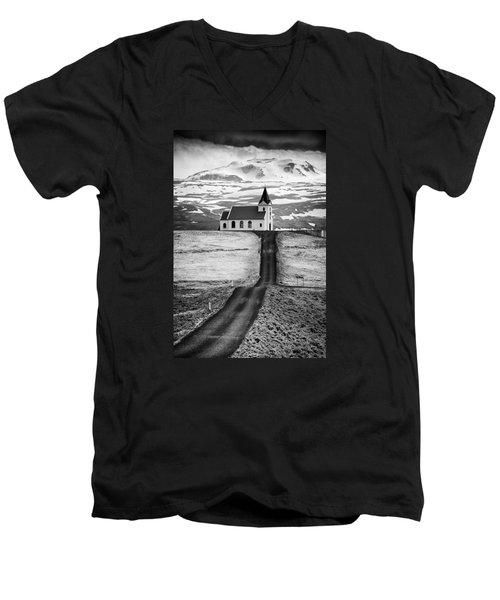 Iceland Ingjaldsholl Church And Mountains Black And White Men's V-Neck T-Shirt