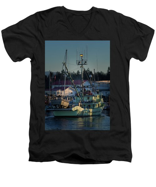 Men's V-Neck T-Shirt featuring the photograph In For Ice by Randy Hall