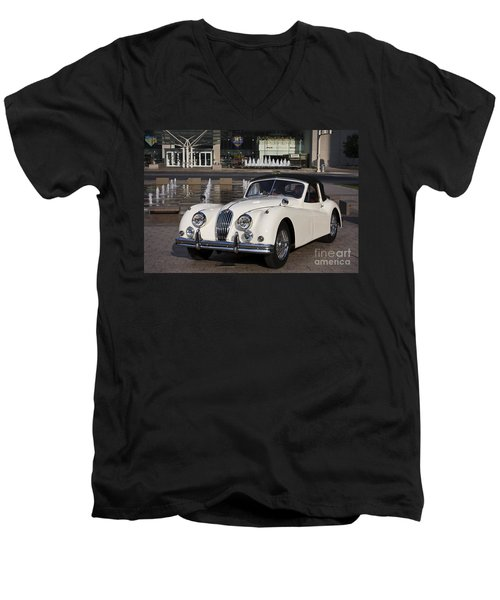 Jaguar Xk 140 Men's V-Neck T-Shirt