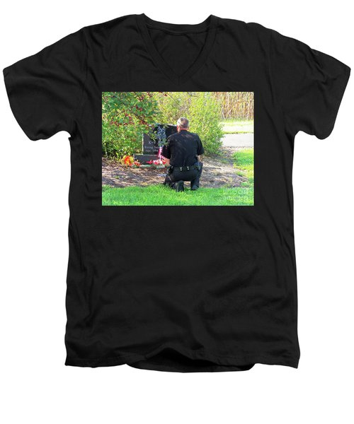 K-9 Arthur Men's V-Neck T-Shirt