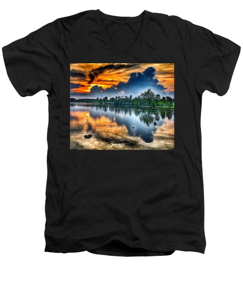 Men's V-Neck T-Shirt featuring the photograph Kentucky Sunset June 2016 by Sumoflam Photography