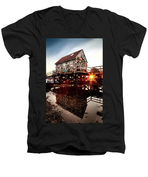 Kittery Lobster Shack Men's V-Neck T-Shirt