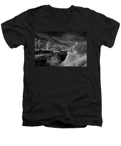 Kootenai Wildlife Refuge In Infrared 3 Men's V-Neck T-Shirt