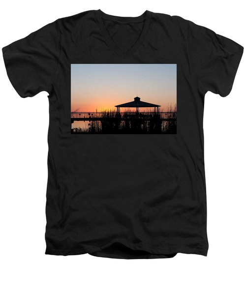 Lake Eustis Sunset Men's V-Neck T-Shirt
