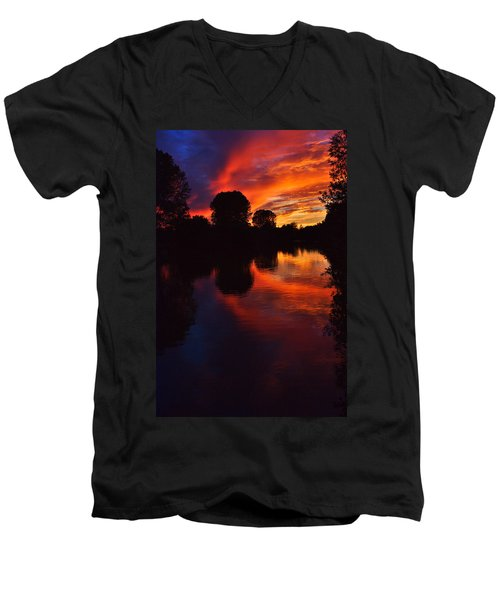 Lake Sunset Reflections Men's V-Neck T-Shirt