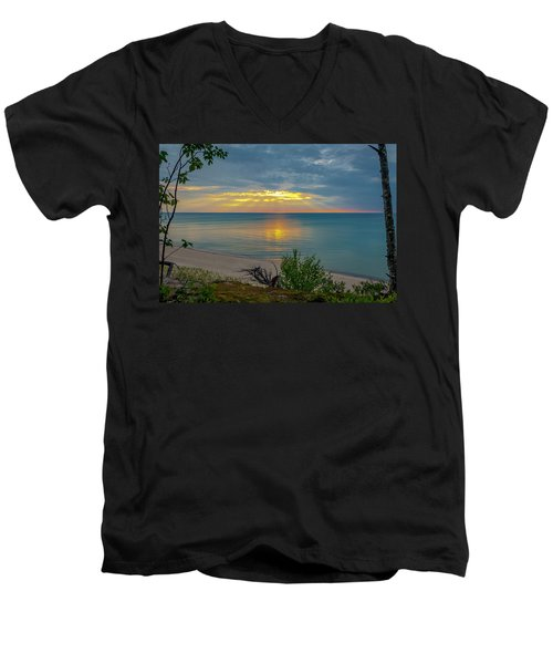 Lake Superior Sunset Men's V-Neck T-Shirt