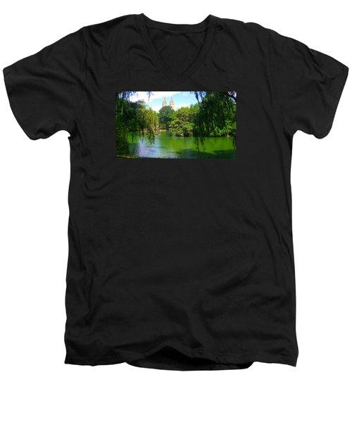 Lakeside In Manhattan, New York Men's V-Neck T-Shirt