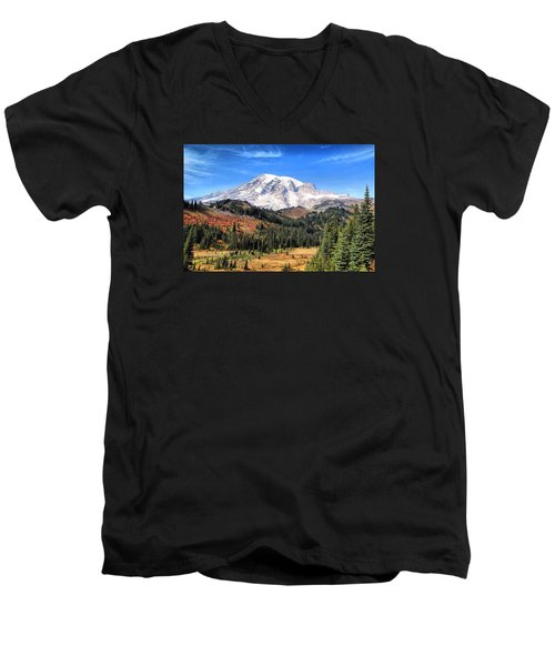 Men's V-Neck T-Shirt featuring the photograph Leaving Paradise by Lynn Hopwood
