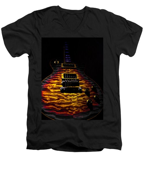 Tri-burst Quilt Top Guitar Spotlight Series Men's V-Neck T-Shirt