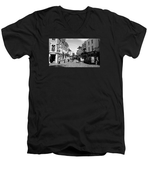 Life In Canterbury Men's V-Neck T-Shirt