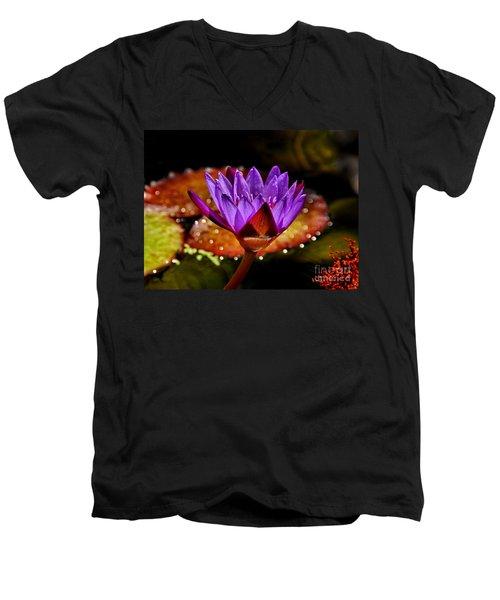 Life On The Pond 2 Men's V-Neck T-Shirt