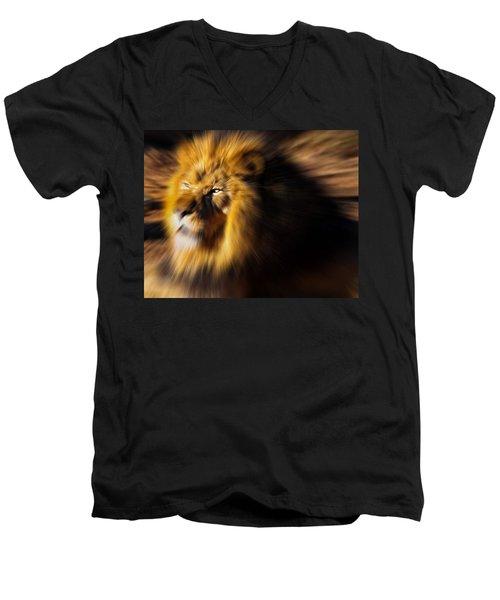 Lion The King Is Comming Men's V-Neck T-Shirt