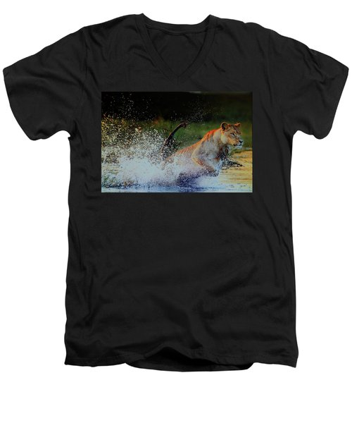 Lioness In Motion Men's V-Neck T-Shirt