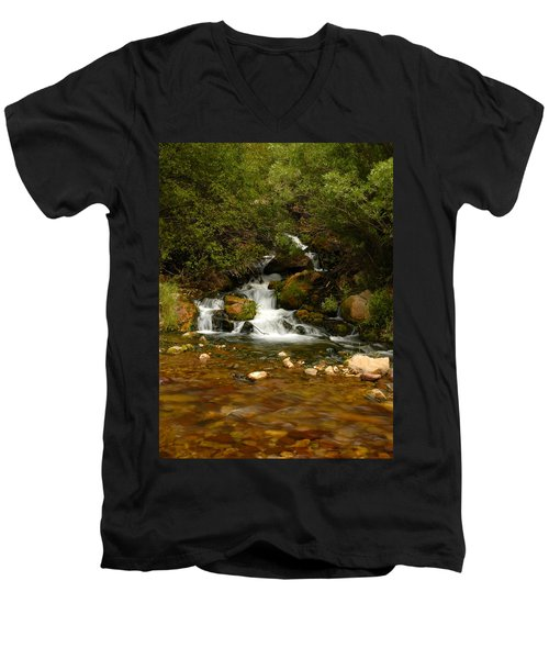 Little Big Creek Men's V-Neck T-Shirt