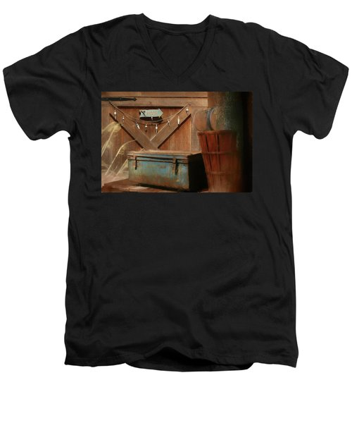Men's V-Neck T-Shirt featuring the photograph Live Bait by Lori Deiter