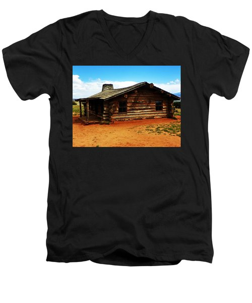 Log Cabin Yr 1800 Men's V-Neck T-Shirt