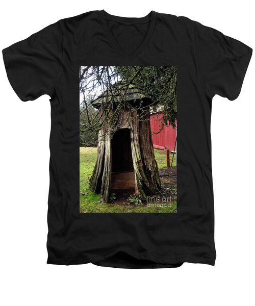 Loggers Outhouse Men's V-Neck T-Shirt