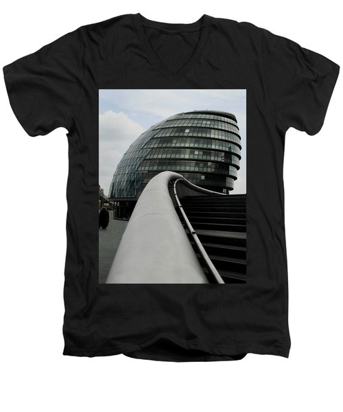 London City Hall Men's V-Neck T-Shirt