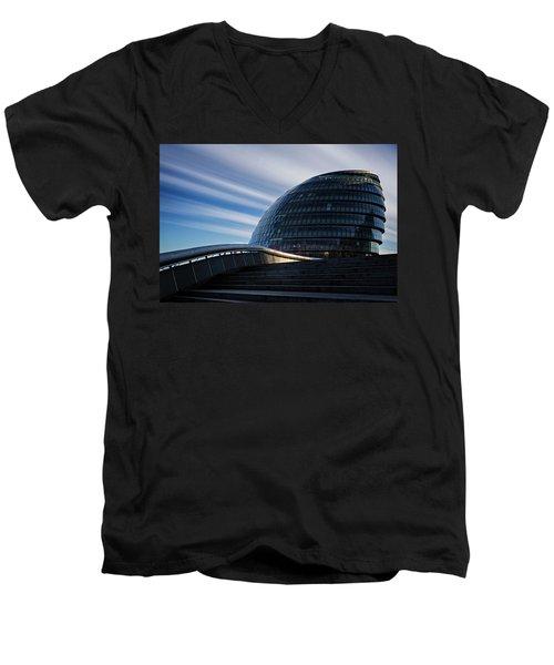 London City Hall Men's V-Neck T-Shirt