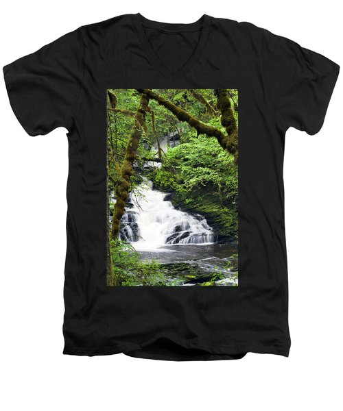 Lower Lunch Creek Falls Men's V-Neck T-Shirt