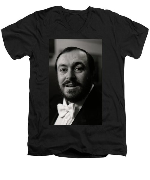 Luciano Pavarotti Men's V-Neck T-Shirt