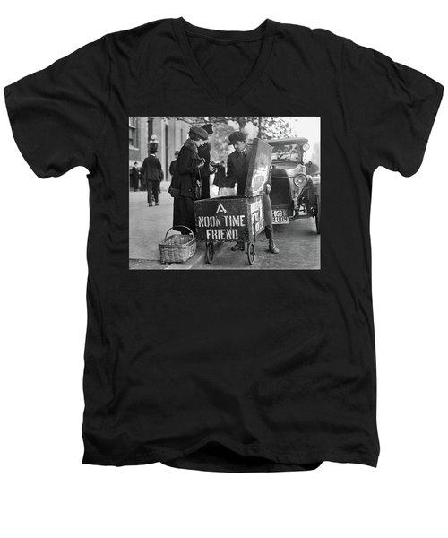 Lunch Cart In Washington D C Men's V-Neck T-Shirt